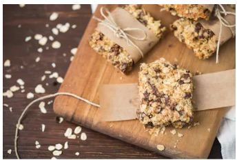 Complete Protein Bars and Energy Bites