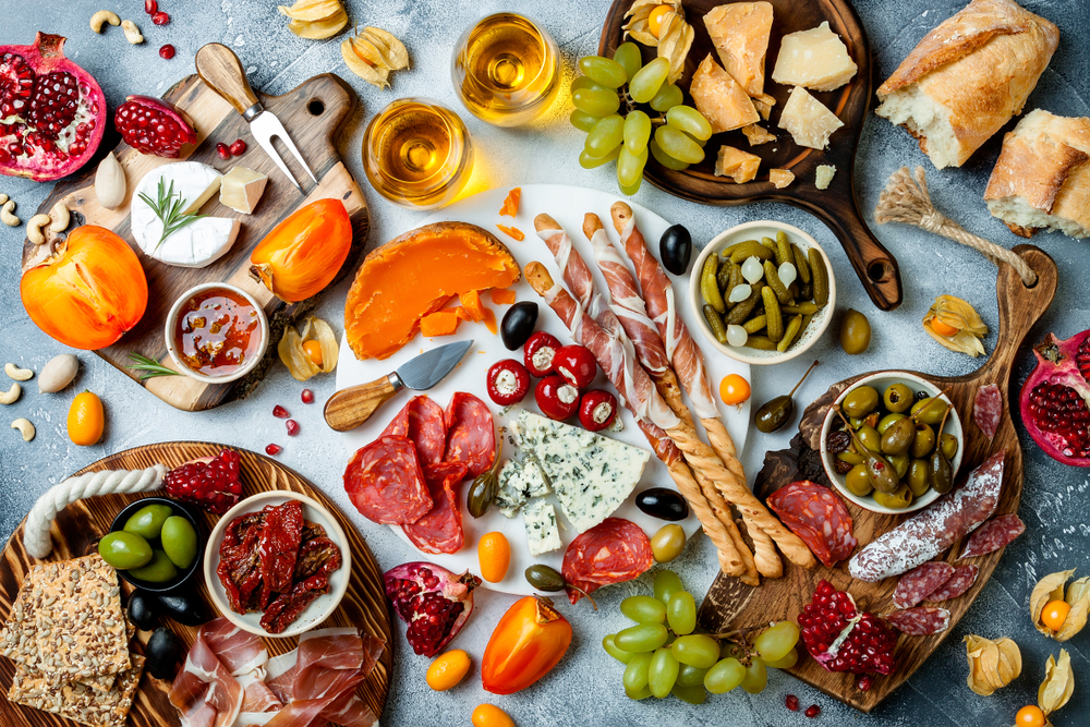 HOLIDAY HACKS: EASY TRADER JOE'S GRAZING BOARD